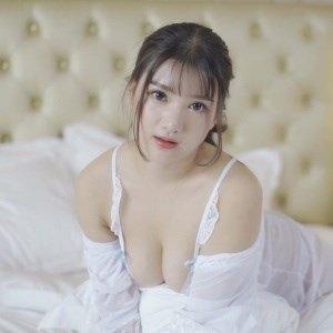 [FEILIN嗲囡囡] 2018.12.11 VN.115 小尤奈 [1V/915M]